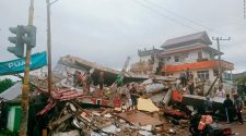 Indonesia earthquake: three dead, 24 injured after strong quake in Sulawesi