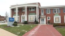 Ohio funeral homes at breaking point, workers want COVID-19 vaccine