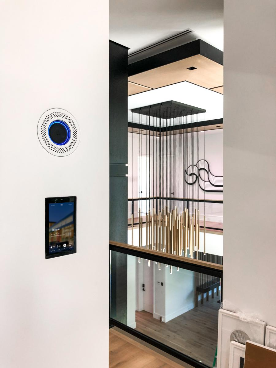 Case Study: Wall-Smart Facilitates a Technology Disappearing Act in 7,500-Square-Foot Custom Home