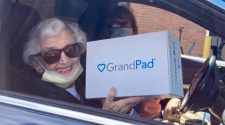 Tablets distributed to seniors with limited technology access in St. Louis County | News Headlines