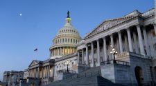Unemployment benefits: Senate Democrats look to trim weekly boost but add a month of payments in stimulus bill