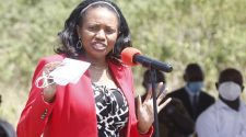 Senator Kihika accuses President Kenyatta of breaking Covid-19 rules