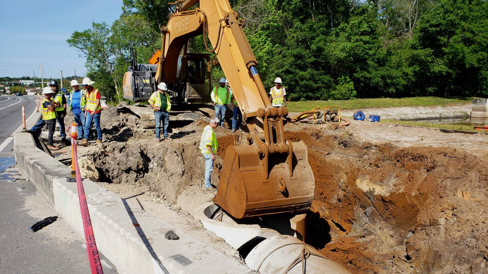 Evacuations & road closure lifted after Clay County gas line break