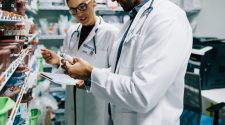 New bill aims to pay pharmacists under Medicare for providing health services