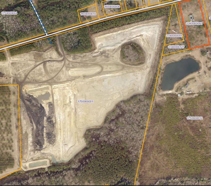Ravenel neighbors pushed to breaking point over nearby dirt mines