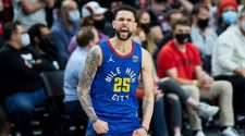 Austin Rivers steals show in 4th quarter, carries Denver Nuggets to Game 3 win