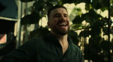 """Sam Hunt's """"Breaking Up Was Easy In The 90's"""" Reaches #1 At Country Radio"""