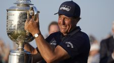 Tiger Woods, Jack Nicklaus lead reactions to Phil Mickelson's historic PGA Championship win