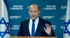 'We'll never support Lapid' and other promises Bennett's about to break in coalition talks - Israel Election 2021